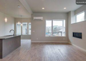3833 SE 27th living room