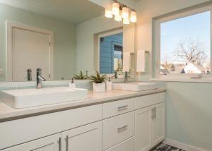60 NE Graham St master bath quartz counter